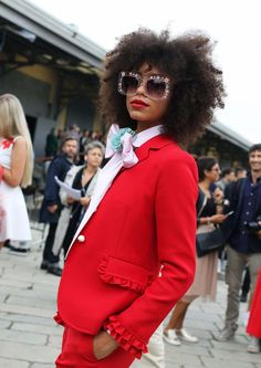 The Best Street Style Beauty From Phil Oh's Milan Fashion Week Spring 2017 Snaps - Vogue Milan Fashion Week Street Style, Street Style 2017, Spring Street Style, Milan Fashion Weeks, Cool Street Fashion, Street Chic, Street Styles, Street Wear, Spring Fashion 2017