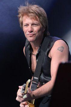 Jon Bon Jovi-PRN-092184.jpg (400×600)