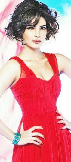 Nick Jonas, Priyanka Chopra, Celebrity Style, Singer, Actresses, Formal Dresses, Celebrities, Models, Vintage