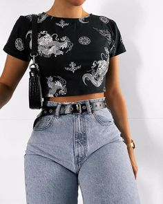15 casual crop tops make you look fashionable page 5 Teen Fashion Outfits, Edgy Outfits, Cute Casual Outfits, Look Fashion, Girl Fashion, Girl Outfits, Beach Outfits, Summer Outfits, Miami Fashion