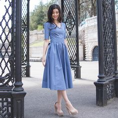 Хлопковые платья в длине миди и рукавом до локтя😌 Идеальны на лето! Круто смотрятся и с каблуками в нарядном образе, и кедами в…