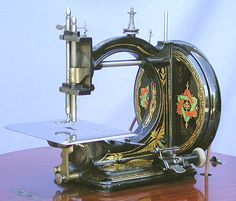 ❤✄◡ً✄❤ Manufactured by Gresham & Craven, Manchester, England, during the… Vintage Sewing Notions, Antique Sewing Machines, Manchester England, Engineering Projects, Walnut Table, Sewing Toys, Sewing Accessories, Irons, Sewing Projects