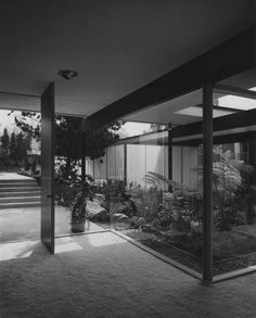 Kronish House by Richard Neutra