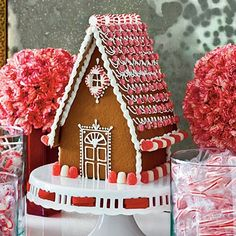 Christmas-Decorating-Gingerbread house on a cake stand