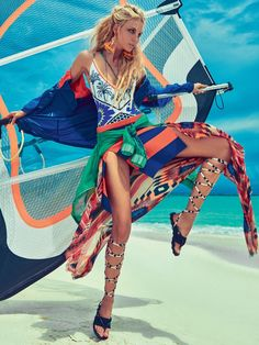Caroline-Trentini-Beach-Fashion-Vogue-Brazil03