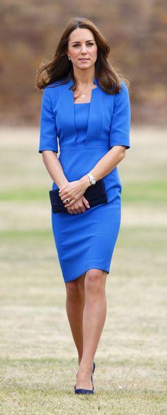 Kate stepped out wearing her 'Detroit' dress by LK Bennett, with new navy Jimmy Choo pumps. aol.it/UTIGOL via StyleList    79      7
