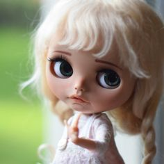 """PURE LONG MOHAIR SWEET IVORY BLOND WIG 10-11"""" FOR BLYTHE AND NEO BLYTHE DOLLS - Fleurdelysdoll"""