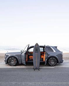 Best Luxury Cars, Luxury Suv, My Dream Car, Dream Cars, Voiture Rolls Royce, Sports Car Photos, Nardo Grey, Rolls Royce Cullinan, Rolls Royce Motor Cars