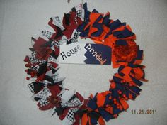 Great idea for college scrap fabrics! Team Spirit Crafts, Handmade House, Pinterest Crafts, House Divided, Crafts To Make And Sell, School Spirit, Fabric Scraps, Diy Projects, Diy Crafts
