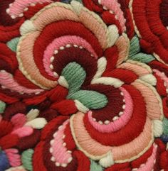 An old embroidery from Hemsedal, Hallingdal, Norway http://home.online.no/~vi-hjoen/index.html