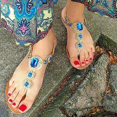 @yasmim_marra #podolatria #pesfemininos #pezinhos #feetish #foot #feet #toes #nails #soles #pé #dedos #unhas #solas #solinhas #fetiche #podolatra #podo #footfetishnation #footfetish #footworship #footmodel #instafeet #nailspolish #perfectfeet #brazilianfeet #femalefeet #feetlovers #pies #pieds #pés