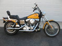 2000 Harley Davidson Dyna Wide Glide in boston_massacre's Garage Sale in Woodridge , IL for $6500.00. 40k miles, 1450 cc V-twin 88ci, Drag pipes, Stage 1 kitMikuni carb, pillow seat, passenger foot boardsKuryakyn grips and foot controls, forward controlslaced wheels, New metzler tireslots of added chrome, Windshield, Saddle BagsExtra PartsHarley maintainedAlways garaged