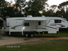 2010 Keystone Outback Sydney for sale by owner on RV Registry http://www.rvregistry.com/used-rv/1011056.htm