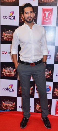 Dino Morea at a Gulshan Kumar tribute concert. #Bollywood #Fashion #Style #Handsome
