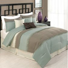 Modern Heirloom Allannah 7 Piece Comforter Set with soft gray walls