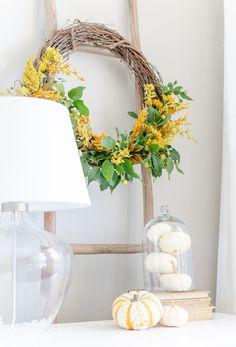 Simple Fall Home Decor. Craftberry Bush | Natural Fall Wreath DIY | http://www.craftberrybush.com