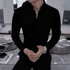 Bad Boy Aesthetic, Badass Aesthetic, Character Aesthetic, Aesthetic Clothes, Aesthetic Black, Hot Boys, Aesthetic Pictures, Boy Outfits, Ideias Fashion
