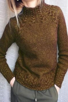 Women Vintage Green Cotton-Blend Turtleneck Sweater - kazak ve bluz Green Turtleneck, Turtleneck Style, Vintage Sweaters, Vintage Shirts, Vintage Tops, Vintage Cotton, Collar Pattern, Neck Pattern, Sleeve Pattern