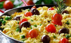 #Arroz de Bacalhau Rice Recipes, Cooking Recipes, Healthy Recipes, Healthy Food, Fish Dishes, Main Dishes, Dude Food, Portuguese Recipes, Portuguese Food