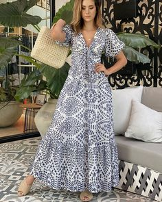 Simple Dresses, Pretty Dresses, Beautiful Dresses, Casual Dresses, Summer Dresses, Dress Outfits, Chic Outfits, Fashion Dresses, Sleeves Designs For Dresses