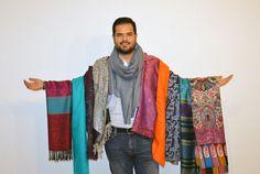 İstanbul'da Meksikalı bir Girişimci | Cloudnames Türkiye Blogu Plaid Scarf, Fashion, Moda, La Mode, Fasion, Fashion Models, Trendy Fashion