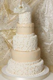 Torturi - Viorica's cakes: Tort nunta cu dantela si bujor alb