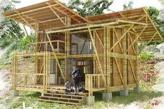 Casa en caña guadua, Mo.estudio Floating Architecture, Bamboo Architecture, Sustainable Architecture, Architecture Details, Bamboo Roof, Bamboo Art, Bamboo Building, Building A House, Bamboo House Design