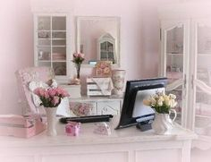 home office pink