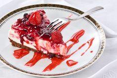 Nepečená tvarohová torta s ovocím