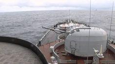 Disparos de Canhões; Navios de Guerra.