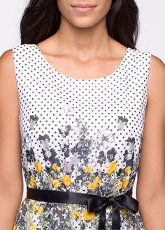 Beställ Klänning med skärp svart/korallröd - BODYFLIRT nu från 249.- kr i online-butiken på bonprix.se Snygg klänning med blommor och prickar. Knytskärp i ...
