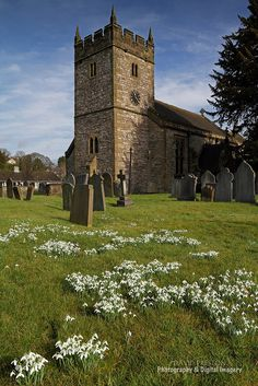 HOLY TRINITY CHURCH & SNOWDROPS Ashford-in-the-Water, The Peak District, Derbyshire. Flickr Peak District, Derbyshire, Interior And Exterior, Greeting Card, Cathedral, National Parks, Landscapes, Death, Fairy