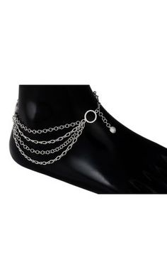 Enhance your elegance with this stylish pair of anklet.