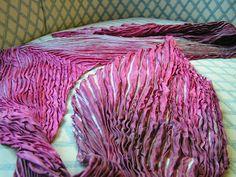Yarn shibori