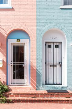 Facade, door, exterior door and painted brick HD photo by Erol Ahmed ( on Unsplash Farmhouse Homes, Rustic Farmhouse, Rustic Wood, Accidental Wes Anderson, Apartment Entrance, Photocollage, Exterior Doors, Architecture, Home Renovation