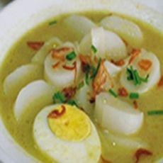 Resep Burgo Palembang Palembang, Indonesian Cuisine, Indonesian Recipes, Malay Food, Asian Recipes, Ethnic Recipes, Laksa, Savory Snacks, I Foods