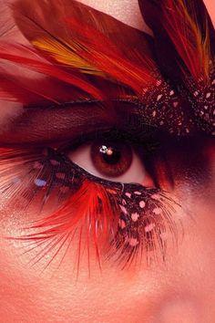 feather eye make up.