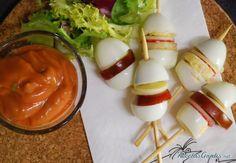 http://www.recetasgratis.net/receta-de-pinchos-con-huevos-de-codorniz-57712.html