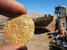 Diamond miners recently discovered a ship that went down 500 years ago after…