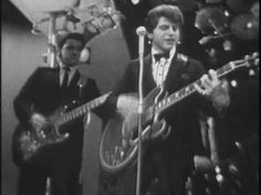 JOHNNY RIVERS....The Midnight Special - YouTube. Not familiar with him in Uk but great....