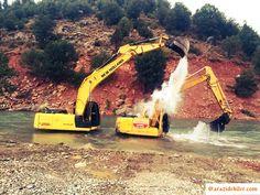 #Arazidekiler #iş #makine #excavator #caterpillar #volvo #hitachi #hidromek #sumitomo #liebherr #terex #hyundai #harfiyat #inşaat #kazı #operator #dağ #maden #doğa #ekip #şantiye #saha #excavation #construction #bulidign