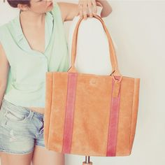 Leather purse Vondy BCN summer collection