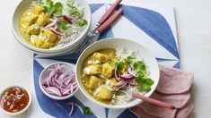This chicken korma is full of flavour and exciting ingredients but is quick and easy to prepare, making it an ideal midweek dinner. No Calorie Foods, Low Calorie Recipes, Diet Recipes, Healthy Recipes, Curry Recipes, Bbc Recipes, Diabetes Recipes, Savoury Recipes, Kitchen Recipes