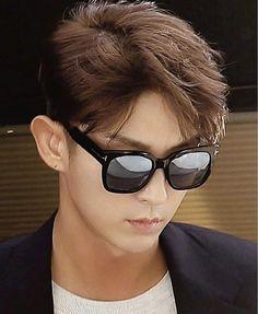 Lee Joon Gi Lee Joongi, Lee Min Ho, Korean Men, Korean Actors, Lee Jung Ki, Wang So, Scarlet Heart, Joon Gi, Cat Eye Sunglasses