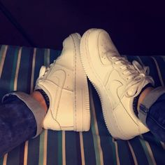 All white nike air force 1