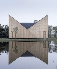 Nanjing Wanjing Garden Chapel / AZL Architects Completed in 2014 in Nanjing China. Images by Yao Li. The project - a 200 square meter small chapel is located in Wanjing Garden along Nanjings Riverfront. Hosted by priests from Nanjing Union. Sacred Architecture, Church Architecture, Religious Architecture, Amazing Architecture, Contemporary Architecture, Interior Architecture, China Architecture, Interior Design, Room Interior
