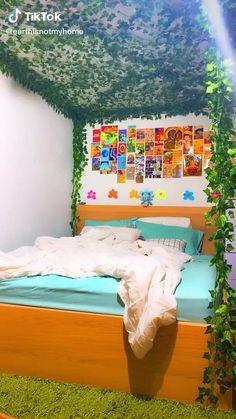 Indie Room Decor, Cute Bedroom Decor, Room Design Bedroom, Aesthetic Room Decor, Room Ideas Bedroom, Girls Bedroom, Bedrooms, Bedroom Inspo, Chambre Indie