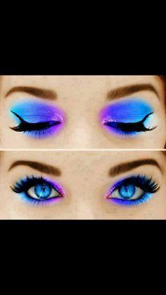 Cheshire Cat inspired eye shadow