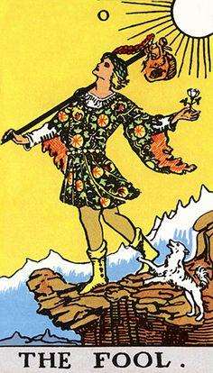 O Tarot desvenda o seu inconsciente. |  Cada um dos arcanos do Tarot tem seu significado, e a ordem e a combinação como estes se apresentam no jogo determina a interpretação do que está por vir na vida de alguém. Há quem defenda que o jogo de tarot apenas esclarece o que você já sabe, funcionando com uma luz de orientação. Veja o significado da Carta: O Louco