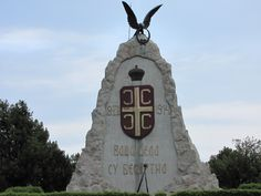 Spomenik palim borcima iz Cerske bitke u Tekerišu